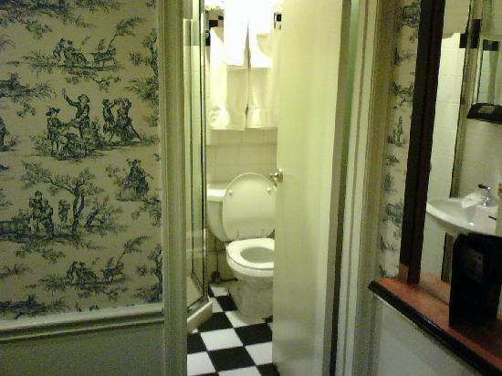 Mayfair Hotel: Mayfair New York   Double Room, Bathroom