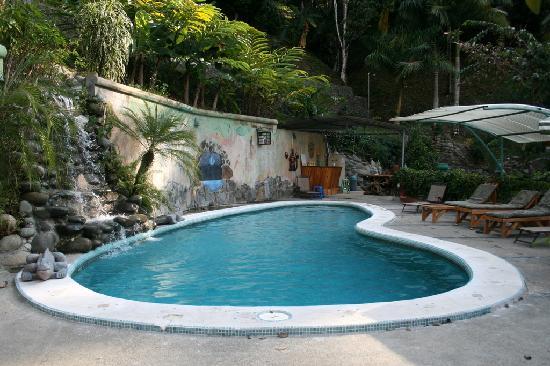Las Cascadas Pool
