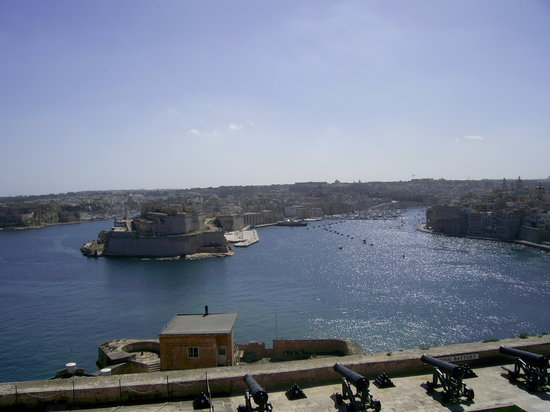 La Valeta, Malta: no 3 veiw from fort the  above vellrtta