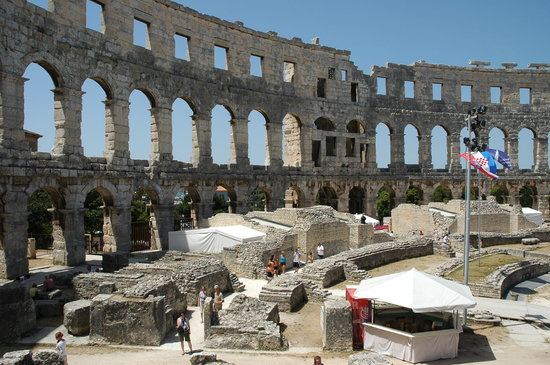 The Arena in Pula: 07 17 2007