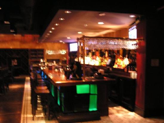Rioz Brazilian Steakhouse: Rioz Bar