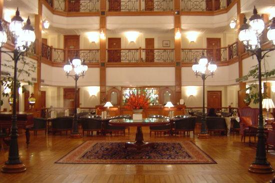 โรงแรมดิ โอเบอรอย ซีซิล ชิมลา: Lobby