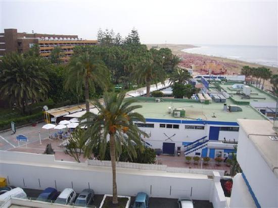 IFA Faro Hotel: a fume with a spew