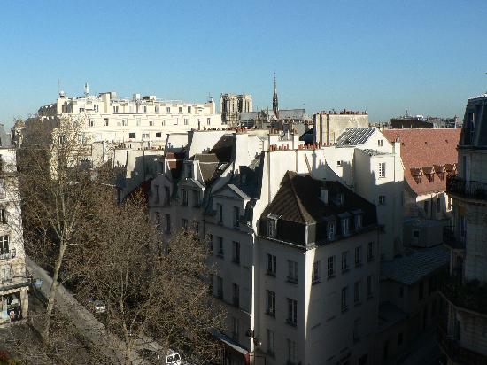 Hotel Quartier Latin: Vista desde la habitación ¿veis Notro Dame?