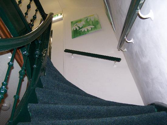 The stairs (as is common in Amsterdam) can be a bit steep