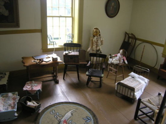 East Sandwich, MA: children's room (upstairs)