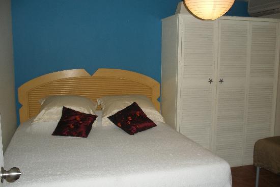 Laguna Beach Apartments: 2nd bedroom