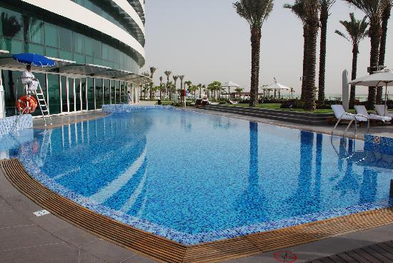 Crowne plaza pool picture of intercontinental dubai for Pool show dubai