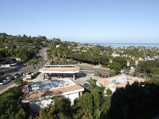 Hotel La Jolla, Curio Collection by Hilton: View from Room - Starbucks on the Right