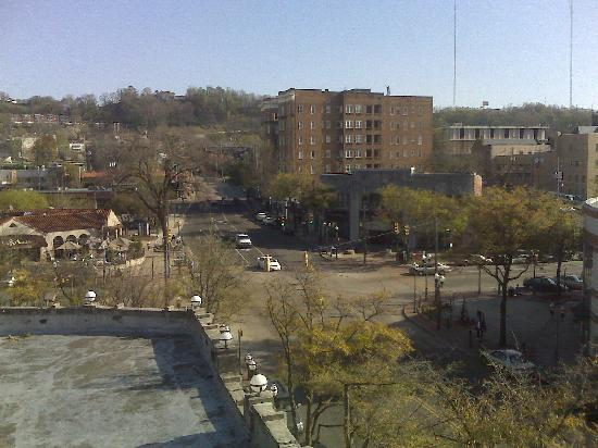 The Hotel Highland Downtown UAB: View of Five Points area from our room