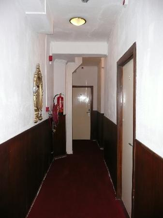 Amsterdam Hotel Parklane: Corridor on the Second Floor That Led To Our Rooms (2008)