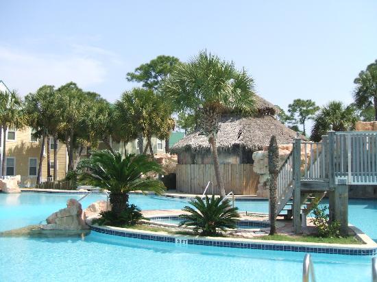 Purple Parrot Village Resort: outdoor pool