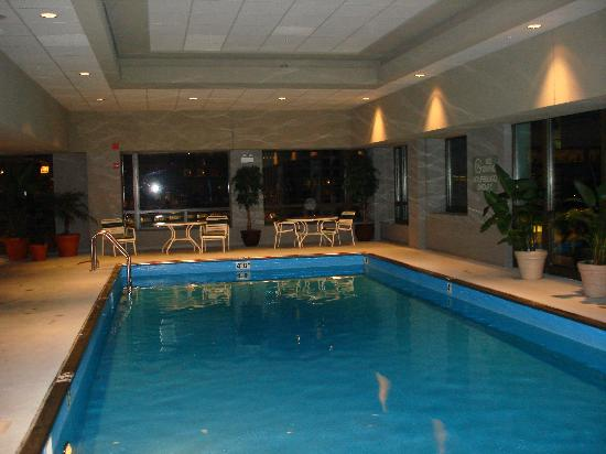 View from room at night picture of homewood suites by hilton chicago downtown chicago - Cool rooms with pools ...