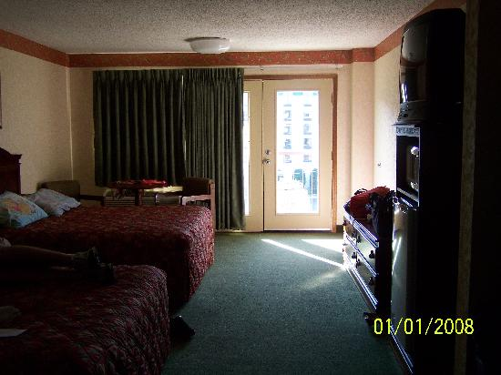 Park Tower Inn: Inside of room