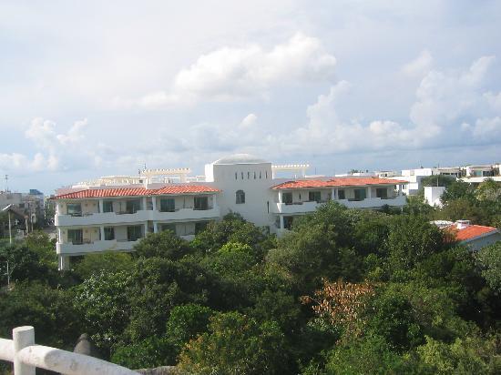 Riviera Maya Suites: The buidling