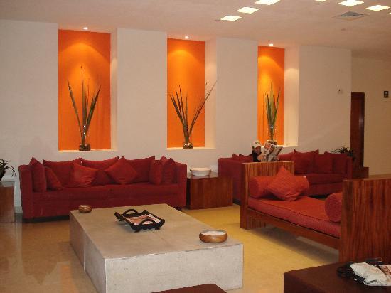 Real Inn Guadalajara Expo: Lobby