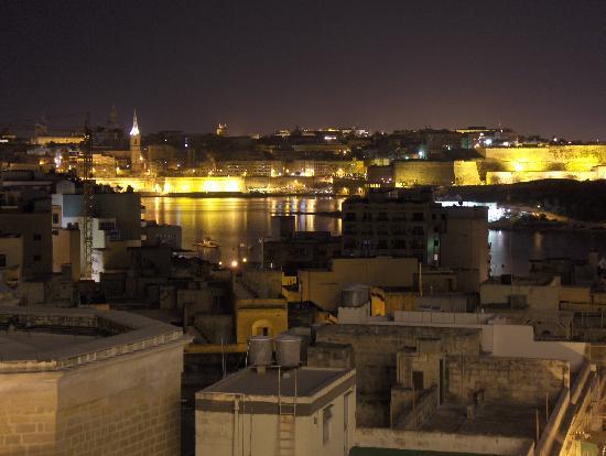 The Palace : Vista nocturna desde habitacion