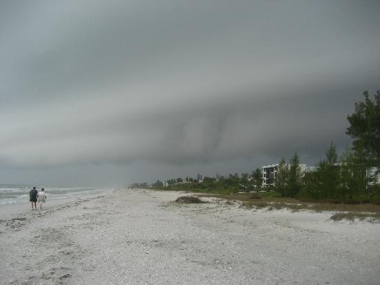 Tortuga Beach Club Resort: A serious storm that moved through