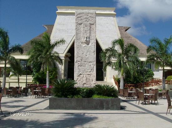 Grand Bahia Principe Coba: Coba Main Lobby (back view)