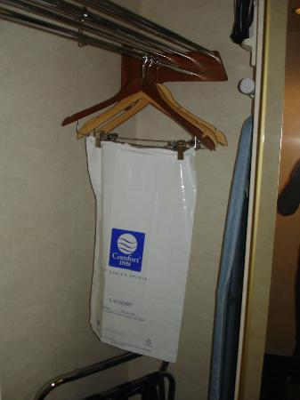 Comfort Inn Near Vail Beaver Creek: In the closet