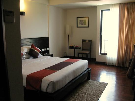 Tara Angkor Hotel: Standard room we were in