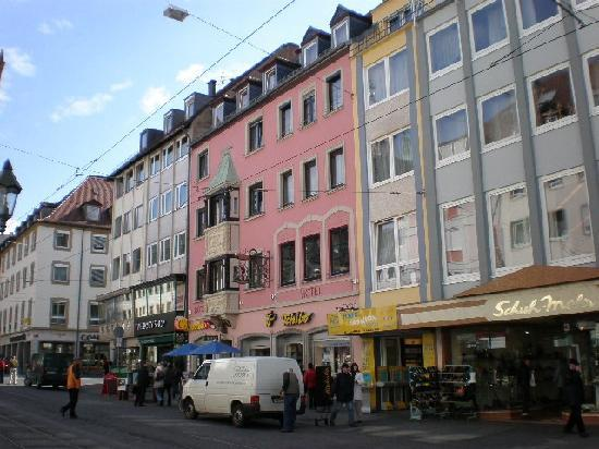 Hotel zum winzerm nnle bewertungen fotos w rzburg for Wurzburg umgebung hotel
