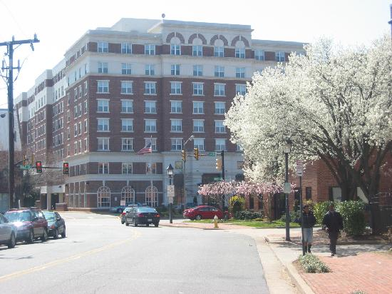 Residence Inn Alexandria Old Town/Duke Street: A pic of the hotel