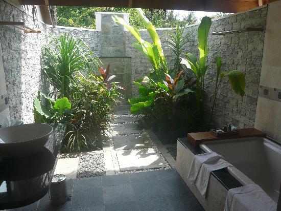 Water Cuarto De Baño:Water Bungalows – Picture of Sheraton Maldives Full Moon Resort & Spa