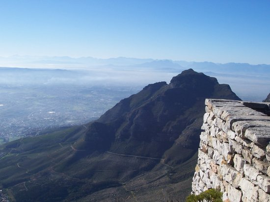 Afrika Selatan: On top of Table Mountain