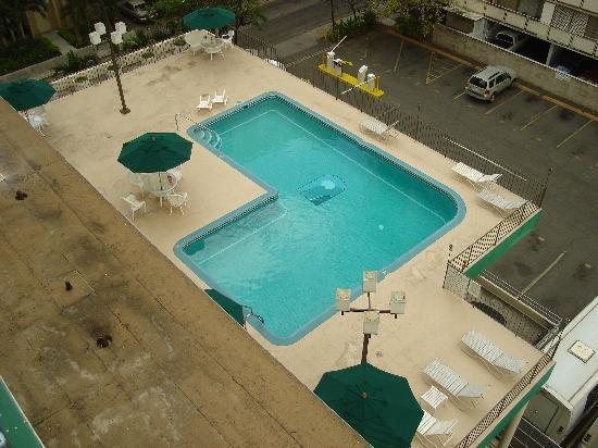 Waikiki Resort Hotel : nice pool