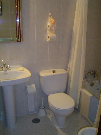 Hostal Esmeralda: la salle de bain