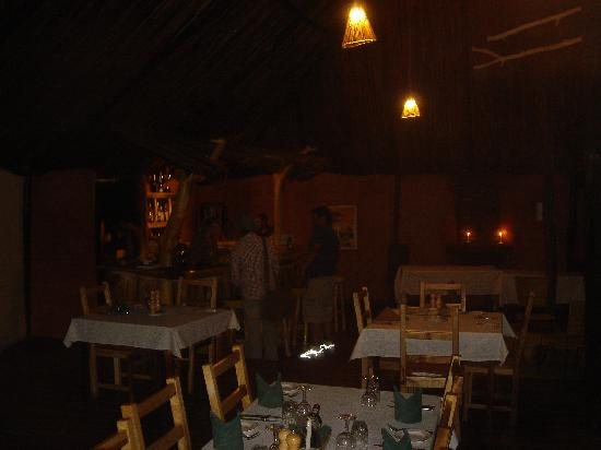 Serengeti Tented Camp - Ikoma Bush Camp: Dining Room