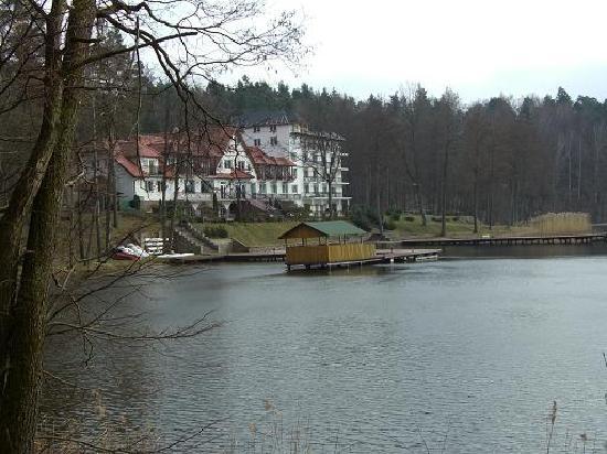Ruciane-Nida, Polandia: Hotel Nidzki