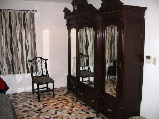 Room at Hotel Trinidad Galeria, Merida