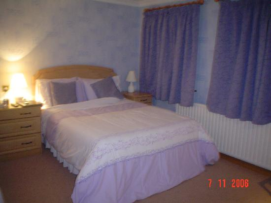 Royal Court Hotel : Room