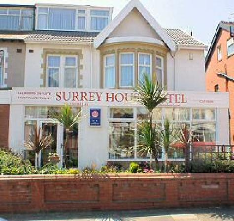 Surrey House Hotel: The front of the Surrey House