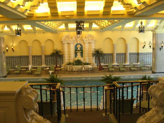 InterContinental Chicago: la magnifique piscine art nouveau