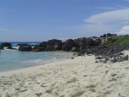 Manini'owali Beach (Kua Bay): Awesome beach...awesome water!