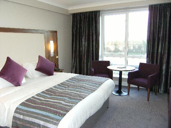 Charleville Park Hotel: Guest Room