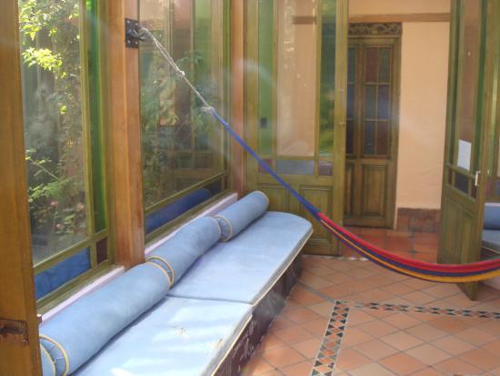 Hostal Fatima: garden area