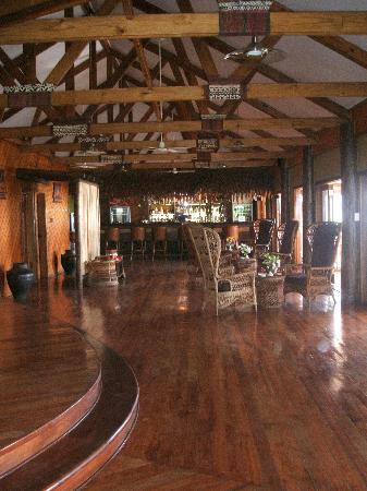 Wananavu Beach Resort: Bar/Main Lodge Wananavu