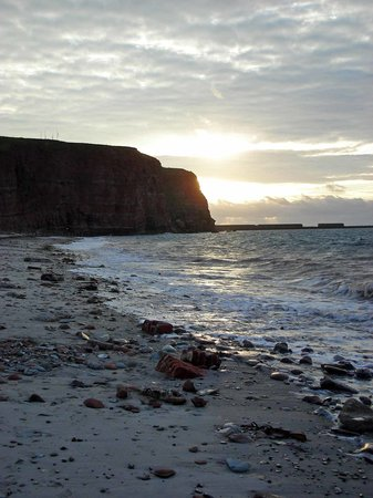 Helgoland, Deutschland: The Hostel's Beach