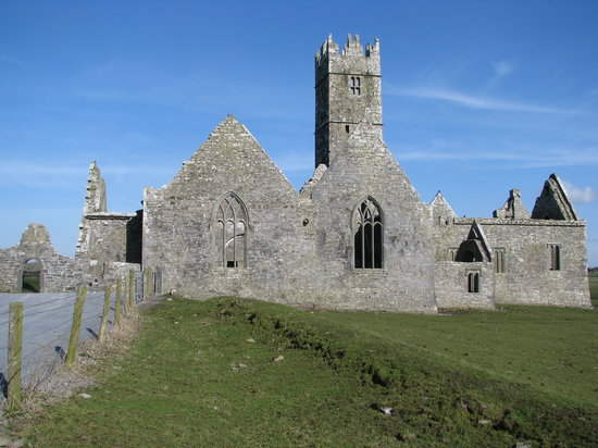 Galway, İrlanda: The ruined church of the Quiet Man