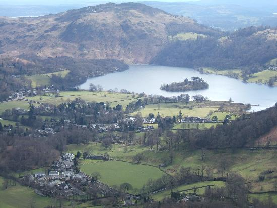 Oak Bank Hotel: view of Grasmere from Helm Cragg