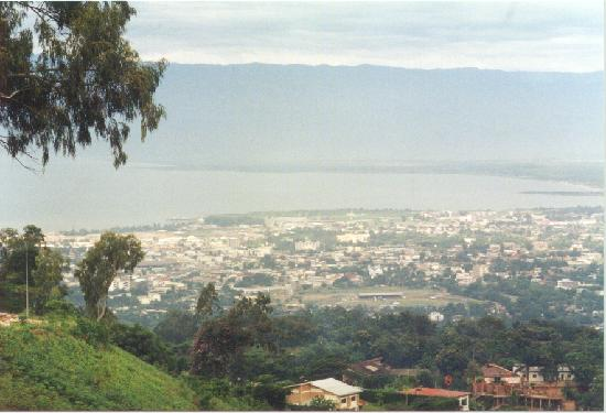 Buj looking west acros l tanganyika to congo picture of for Aparthotel jardin tropical bujumbura
