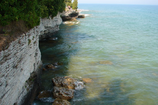 Fish Creek, WI: Sandstone Bluffs at Cave Point Park