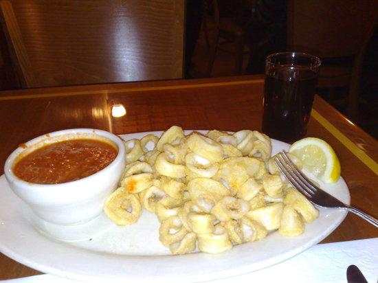 La Famiglia Giorgio's: Calamares. And thats the red wine glass