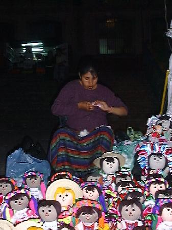 Hidalgo Market (Mercado Hidalgo) : Doll Maker