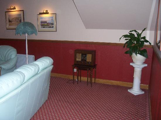 Braeburn Guesthouse: Living Room.