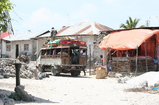 Nungwi, Tanzania: bus stop